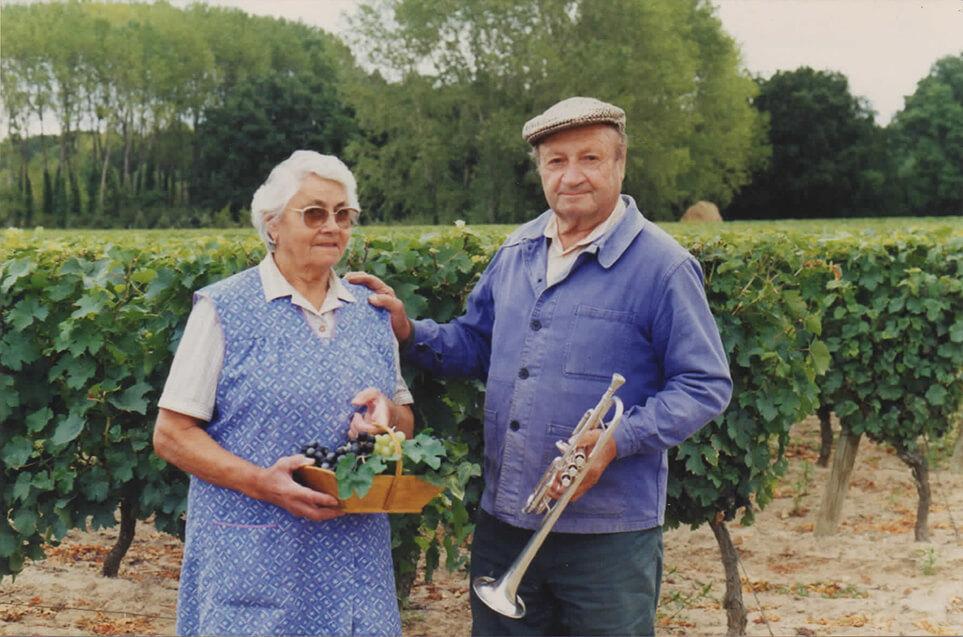 Madeleine et André du domaine du Puy Rigault, vignobles en AOC Chinon